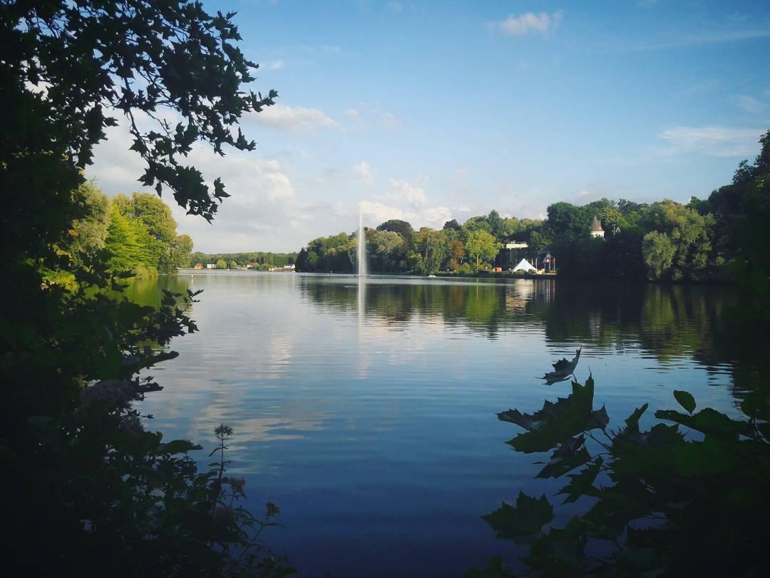 Petit tour du lac de Genval chill chilling lake lachellip